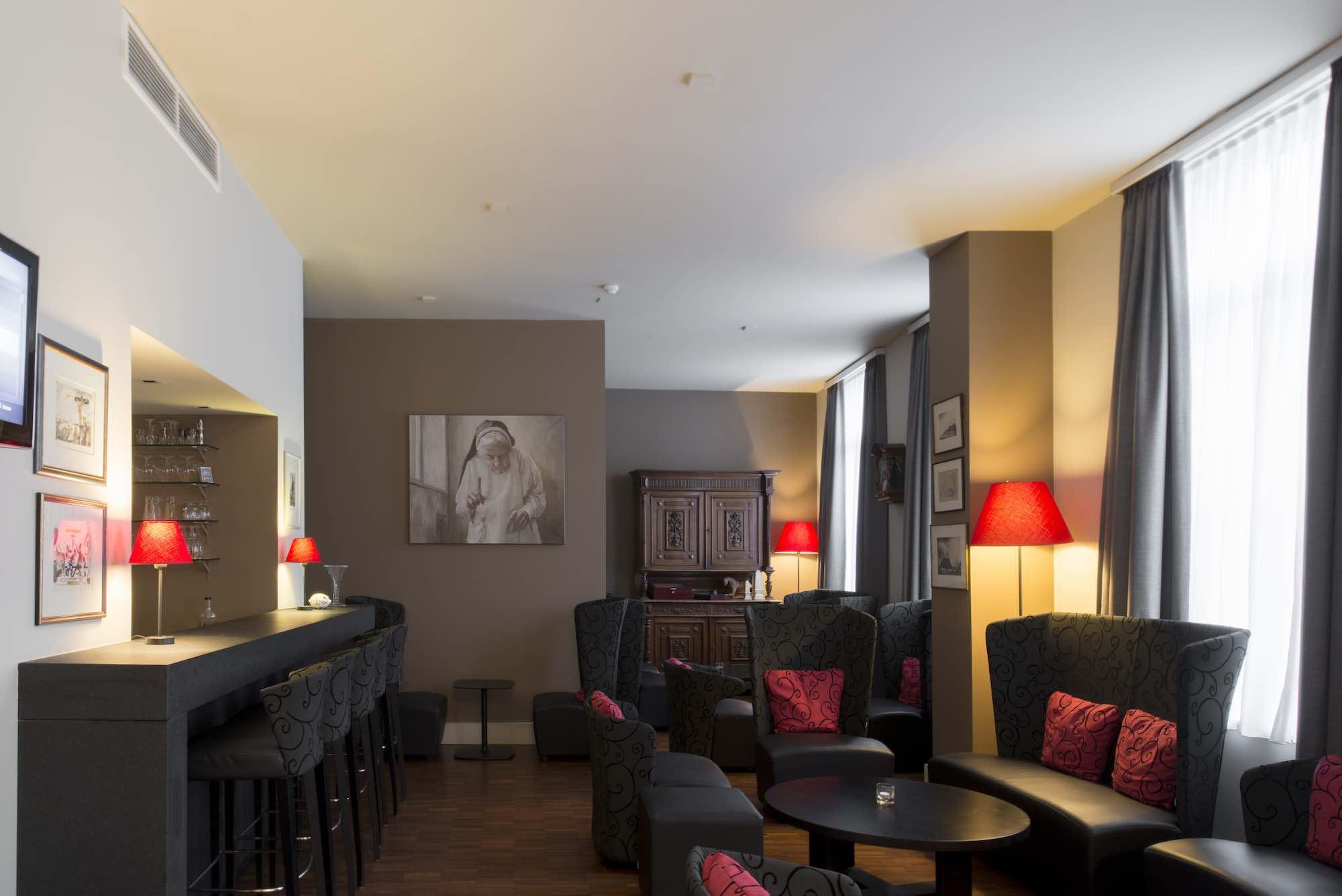 Hotel Karmelbar0